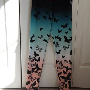 Butterfly leggings, gradient from black to pink